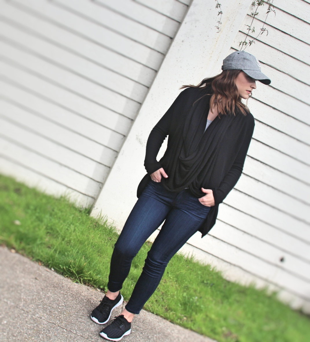 sporty-casual-outfit