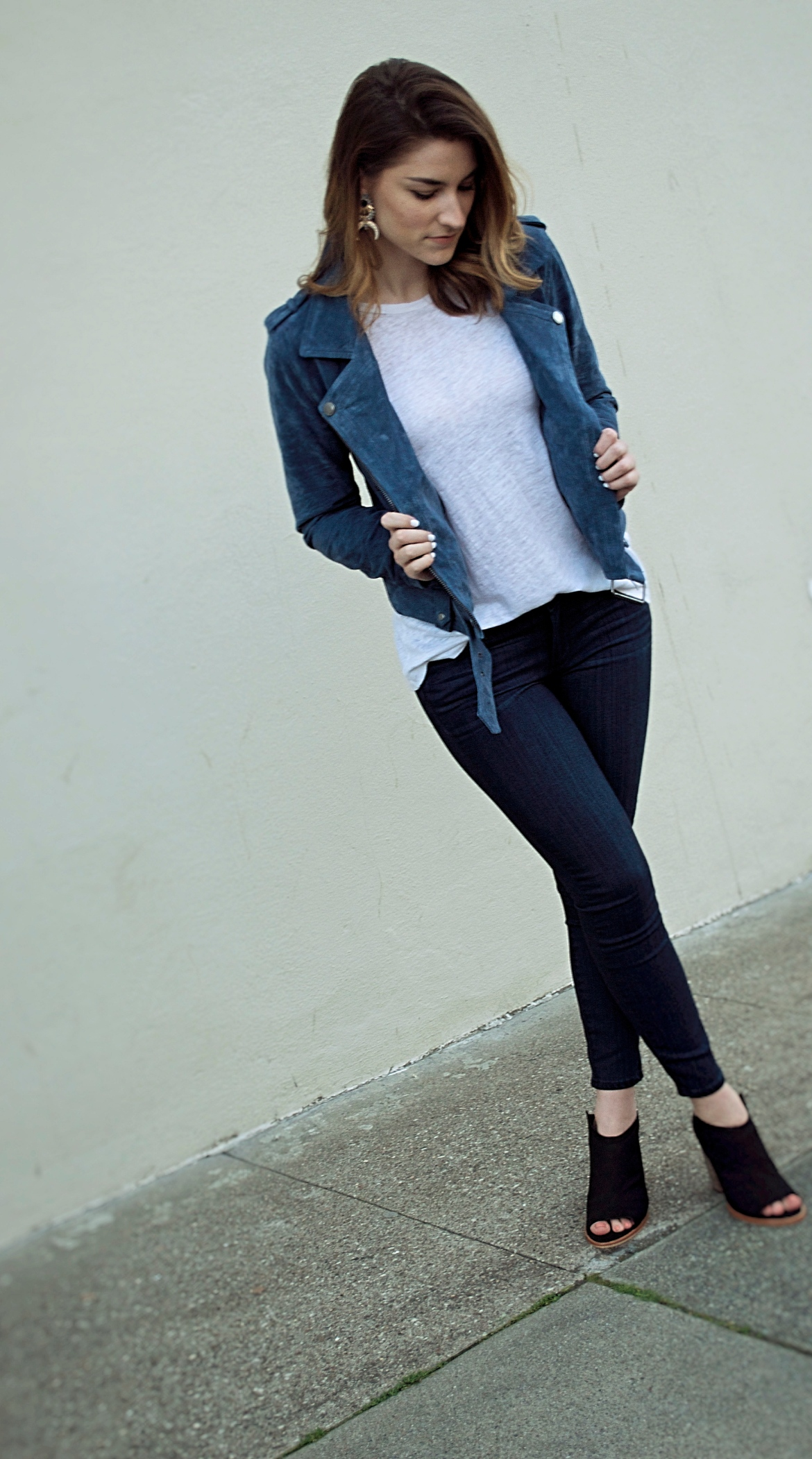 suede-moto-jacket-outfit